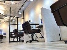 アーチ(Arch)の雰囲気(半個室的でゆとりある空間。店内にはMVを流してます。)