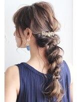 ★ヘアセットならdydi表参道パーティー結婚式夏編み込み三つ編み