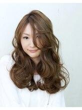 ヘアスタジオ クー(Hair Studio XYY)波ウェーブ アッシュカラー