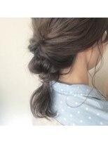 ケーオーエス(KOS beauty hair, nail & eyelash)くるりんぱアレンジ