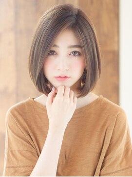 ロンド フィーユ(Lond fille)ロンドフィーユ【竹村勇輝】No.1ひし形シルエットグレージュボブ