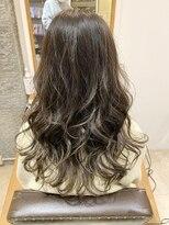 センスヘア(SENSE Hair)【イルミナカラー】オリーブグラデーション☆