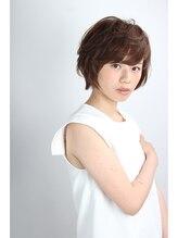 アミィヘアー アネックス(Ami Hair annex)おとな風小顔ショート