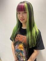 シキナ(sikina)GREEN×PINK