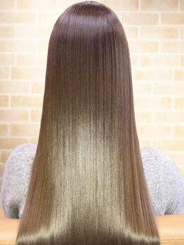 ラピッシュ 鎌ヶ谷店の写真/科学薬剤を一切使用していない「科学の水」と「美髪成分」をチャージして美髪に導く新感覚テクノロジー技術