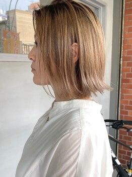 ヘアーワークスヴィクサス 諫早店(HAIR WORKS VIXUS)の写真/赤味や髪質など、髪の悩みに合わせてカウンセリング。ワンランク上のデザイン力でお洒落なカラーを実現◎