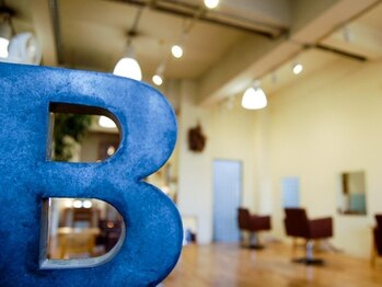 バロラマ(BALORAMA)の写真/バロラマ本店◆開放感あり!!広々とした店内でのびのびとリラックスできるサロンタイムをお過ごしください☆