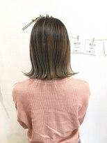 ヘアーデザイン アコースティック(Hair Design ACOUSTIC)ミルクティーベージュカラー