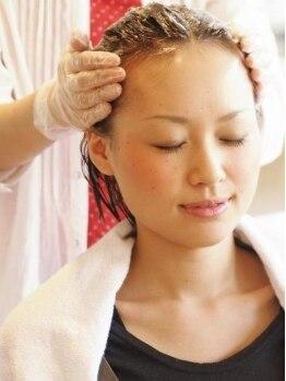 ヘアーサロン ミツル(HAIR SALON mitsuru+nuance)の写真/アロマの香りに包まれながら極上ヘッドスパ体験♪癒しのご褒美タイムをご提供☆