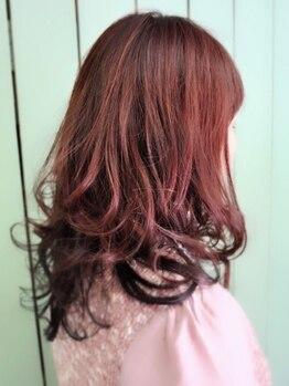 パワーオブヘアーセイカ(Power of Hair Seika)の写真/Seikaのグレイカバーは白髪と黒髪をバランスよく染め上げるのでお洒落染め感覚で染められますよ!