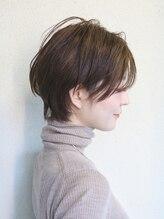 ディスオモテサンドウ 表参道(This OMOTESANDO)似合わせヘア小顔前髪カットスタイル[表参道、青山]山本