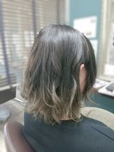 ヘアースタジオココルッチ(hair studio CoCo-Rucchi)☆大人カラー☆グレー系グラデーションカラー