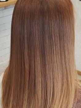 バルビエーレ アーディ(Barbier Adi)の写真/【ブリーチ/ビビり/ハイダメージ毛も対応可能】豊富な知識と提案力であなたの髪質を見極め柔らかい艶髪へ♪