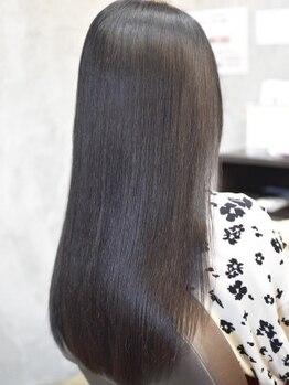イレス 小樽店(IRESU)の写真/iresuオリジナルトリートメント取り扱い!1人1人のお悩みや髪質に合せてオリジナルオーダーメイドでご提供