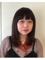 ピエドプールポッシュ(PiED DE POULE POCHE)美髪ナチュラルストレートスタイル