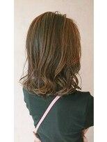 ナトゥーラ 一宮(NATURA)ハイライトで髪に動きをプラス