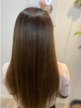 アリレイナ(ARiREiNA)の写真/【SNSで今話題!ウルトワトリートメント取扱い】思わず触れたくなる、潤い溢れるしなやかなさら艶髪に*