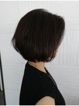 サンカリ イオンモール新居浜店(SANKARI)の写真/白髪の染まりも色味も欲張りたいあなたへ。ケアとの同時施術で、髪に優しく続けられるカラーをご提供♪