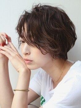 ノーヴェ リーナ(Nove Lina)の写真/エイジング効果や抗酸化作用も◎髪に優しい高純度のホホバオイルカラーで繰り返し染めても美しい髪に!