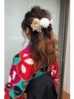 成人式、袴、ハーフアップ
