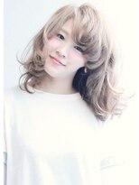 エッジィセミディ【Lucia hair clear新大阪店】