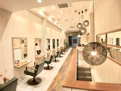 グラ デザイン アンド ヘアー 四条大宮店(GRAS DESIGN & HAIR by HEADLIGHT)の写真