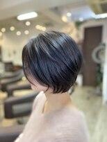 クロムヘアー(CHROME HAIR)グレージュショート