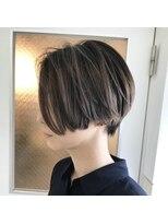 チクロヘアー(Ticro hair)ticro大石ショートバレイヤージュ