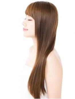 アウラ (Aura)の写真/大切なのは【毛先まで均一の美しさ】1人1人の髪質やダメージを見極め施術。綺麗な女性は一瞬の隙も許さない