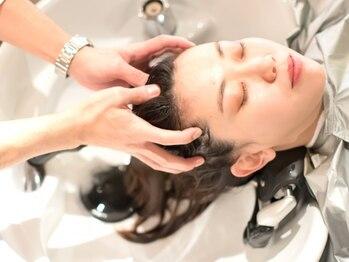 アーツリタ 町田(arts lita)の写真/ダメージ・ストレスが溜まった頭皮をケア♪特許成分で効果効能に自信♪ 次世代の髪へ着目!