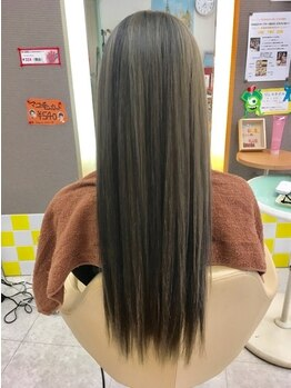 ディーリンク 南橋本店(HAIR MAKE DLINK)の写真/【ナチュラルストレート+カット¥7500】クセをしっかり伸ばしつつ、ふんわり柔らか自然な仕上がりに…☆