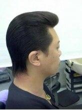 バニーヘアー(Vanny Hair)リーゼントスタイル