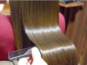 シュクル イスナーニ(しゅくる ithnani)の写真/髪のダメージやお悩みを解消するヘアエステ。丁寧なカウンセリングと、じっくり時間をかけた施術で艶髪に♪