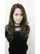 インプルーヴ アートスタイルヘアー(imProve Art style hair)ネイリスト 静香