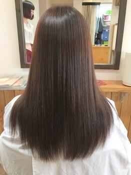 ティー ハピネス 廿日市店(T.Happiness)の写真/いつものヘアカラーも、ダメージを抑えて出来ちゃう◎内部までしっかり補修して-5歳見えする髪に…♪