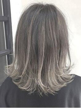 """ハンモックヘアーサロン ココナ(Hammock Hair Salon COCONA)の写真/透明感たっぷり春カラーがおすすめ!ハイライト/グラデーションで""""イマドキ""""おしゃれに♪艶感溢れるTrも◎"""