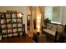 ルーマ(Rumah)の雰囲気(完全個室のお一人様専用の温かい空間です。)