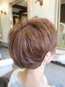 サロン デ ベレーザ(salon de belleza)の写真/【スタイリスト歴30年】技術力が高いから、カットのみで仕上がる♪帰宅後も楽にスタイリングできるヘアに。