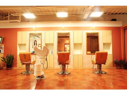 シモカワ フォー ヘアーアンドエステティック(Shimokawa for Hair&Esthetic)の写真
