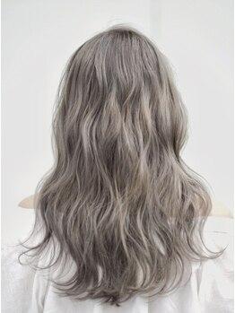 ビランチェ 池袋(bilancia)の写真/【カット+イルミナorアディクシーカラー+プレTr¥10990】ダメージレスに、透明感と輝きのある美髪へ【池袋】