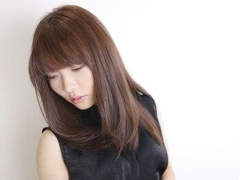 ディードア ヘア ヴィジョン(Ddoor hair vision)の写真/ツヤのある美しい髪…うねりやクセでお悩みの方へ!ナチュラルなストレートで美髪を表現♪