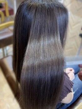 ラキ(Laki)の写真/【プレミアムトリートメント新登場◇】美容成分たっぷりの最先端トリートメントで潤いのあるツヤ髪が実現♪