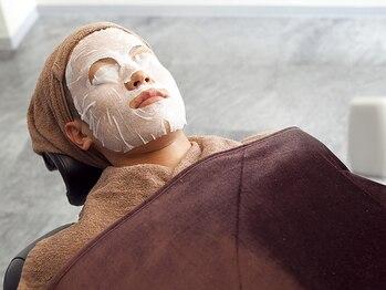 リラックスガーデンヘア(relax garden hair)の写真/男性も気軽に通えると好評◎プロのひげ&眉お手入れで、トータルで男を磨く!好印象を与える清潔感を演出。