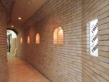 ヘアーヒロ 中西店(hair HIRO)の雰囲気(2階はトンネルをはさんでの2フロア♪)