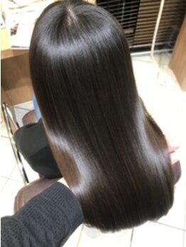メイバイボヌール(MAY. by Bonheur)の写真/オーガニック×ノンダメージを融合した《ホリスティックメニュー》で髪質改善★手触り・質感の高さが魅力!