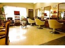 ヘア デザイン ロノアンジュ(Hair Design LONOANJE)の雰囲気(セット椅子は長い時間座っていてもゆったり疲れないと人気)