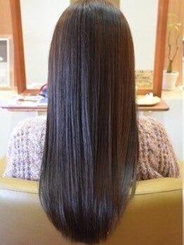 カームヘアー(Calm hair)の写真/【美髪ストレートエステコース¥19900】施術前より艶感と手触りが格段にUP☆髪質改善効果で扱いやすい髪へ*