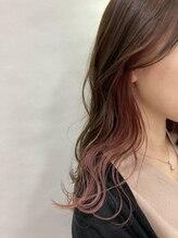 最小限にダメージを抑えるケアブリーチで理想の髪色に!