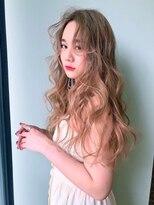 アクシス ナゴヤ(AXIS NAGOYA)AXIS 韓国発 顔まわりの後れ毛が可愛いレイヤードカット