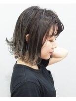 エイム ヘアメイク 横川店(eim HAIR MAKE)シルバーグラデが大人っぽい☆切りっぱボブ